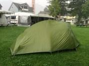 Wie es aufs Zelt prasselt: Geradezu unheimlich!