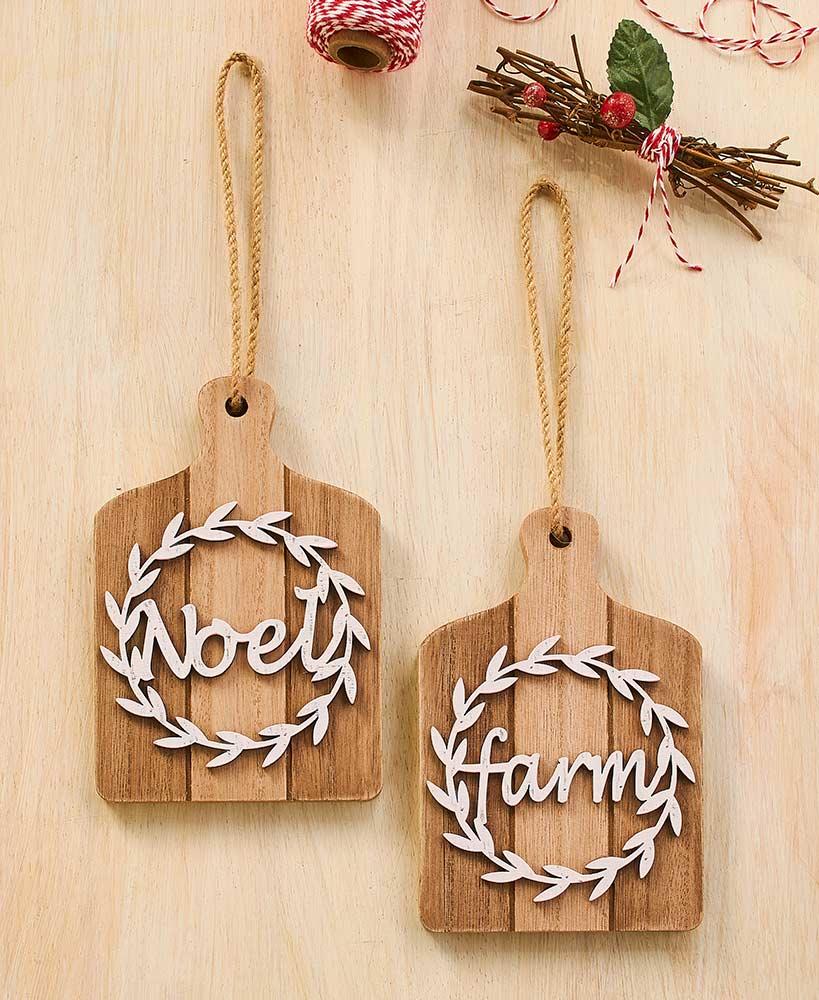 Set of 2 Wooden Wreath Ornaments