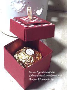 Layered lid box