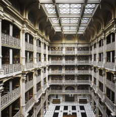 The Peabody Library, Baltimore (U.S.) (Photo taken by Will Pryce).