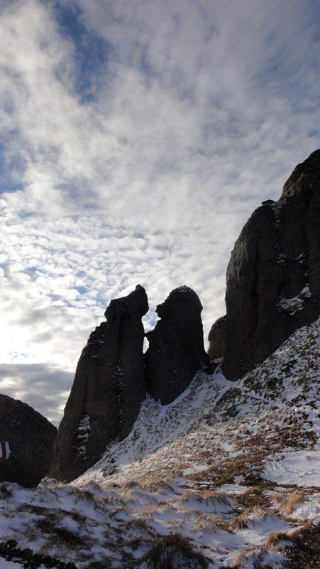 priveliste de iarna in muntii ciucas
