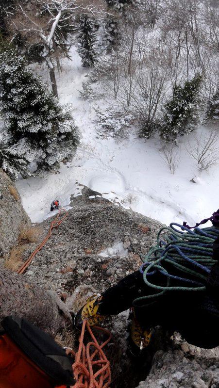 cățărare iarna la Coștila