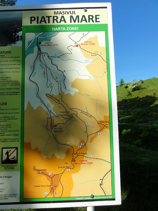 traseu turistic masivul piatra mare, sapte scari