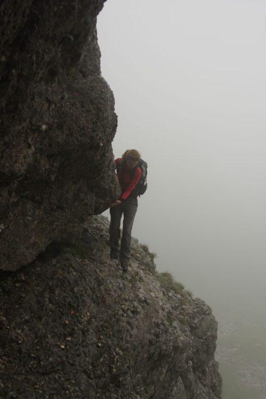 vale de abrupt, muntii bucegi