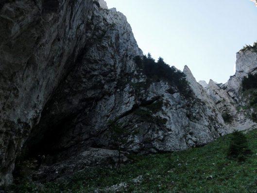Tr Surplombelor din Piatra Craiului_alpinism