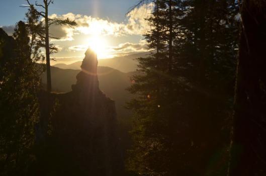 apus de soare piatra craiului munte