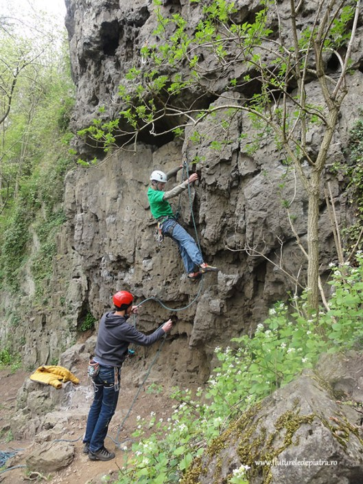 climbing Beez crag, Belgium