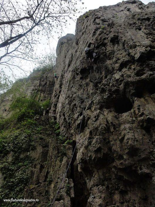 climbing Marche les Dames, Beez