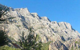 mont sainte victoire panorama, aix en provence