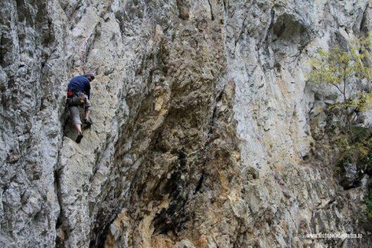 catarare prapastiile zarnestiului piatra craiului