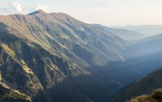 panorama muntii fagaras vara