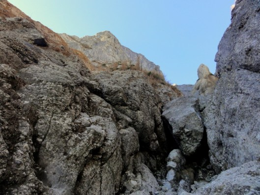 săritoare Valea Gălbenele, Munţii Bucegi