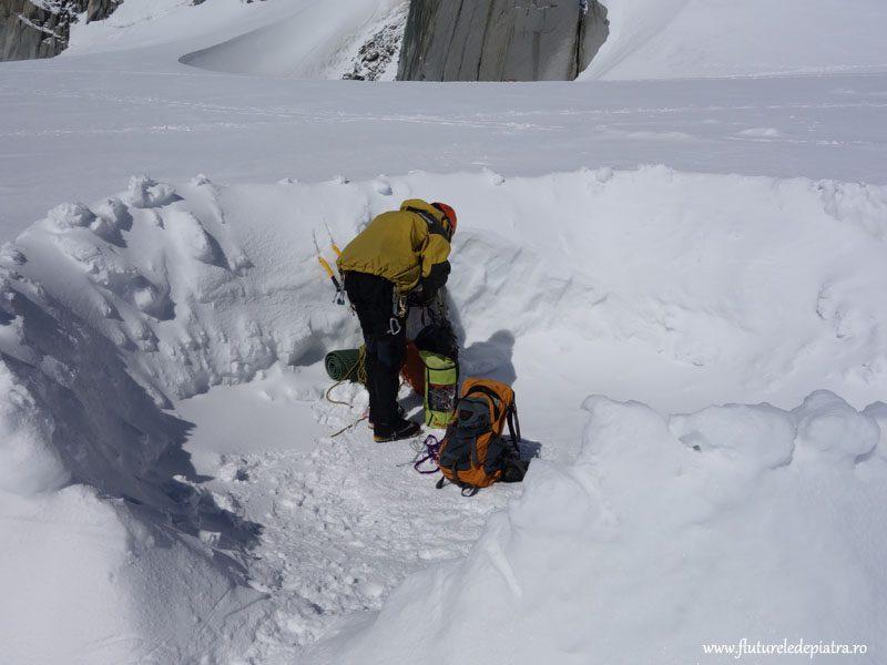 cort pe ghețar alpi franta