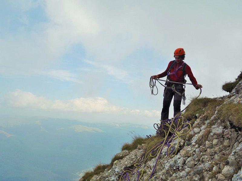 traseul diedrul pupezei_peretele vaii albe_alpinism (33)