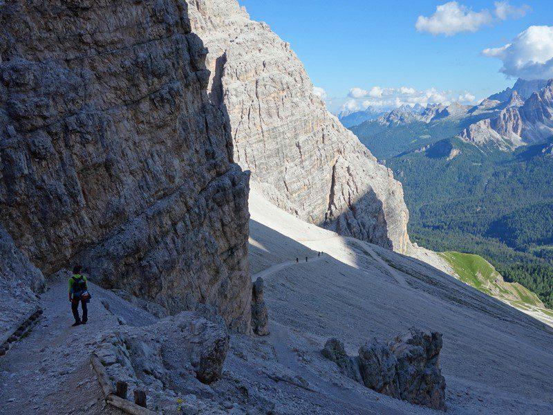 plimbare pe potecile din Dolomiti, grupul Tofanelor