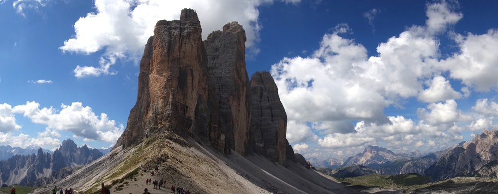 fețele nordice ale Tre Cime di Lavaredo, panoramă dolomiti plimbare turistica