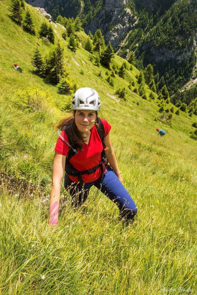 pe poteci nemarcate în Munții Bucegi