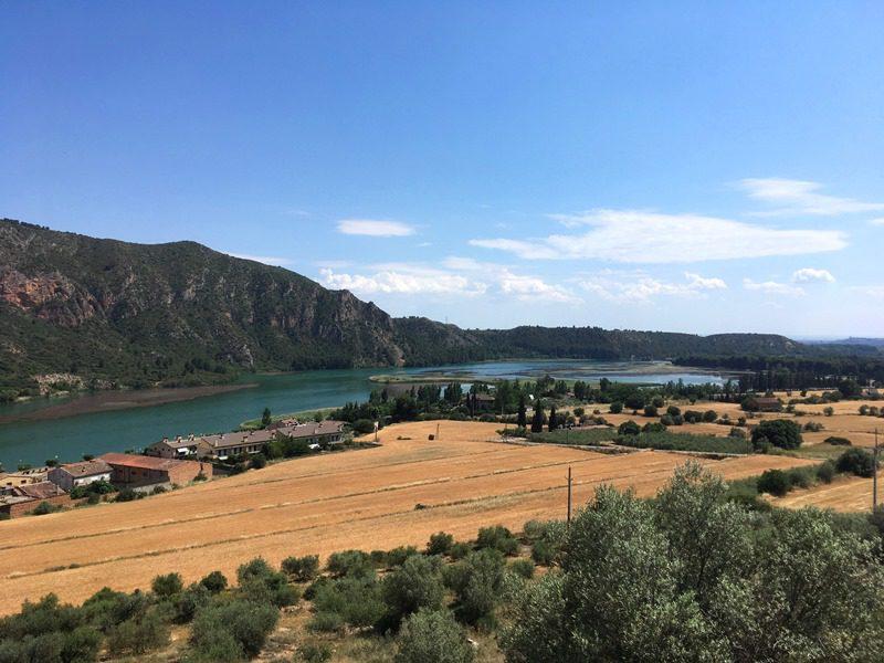 escaladă în St Llorenc de Montgai, regiunea Catalonia, Spania