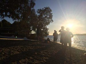 slackline și relaxare pe plajă, escalada Kalymnos, Grecia