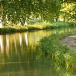tourisme fluvial sur le canal du midi