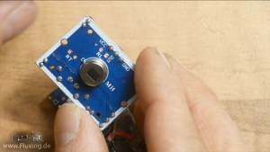 HC-SR501 PIR motion detector: Remoce the cap to read the pin assignment / Pinout