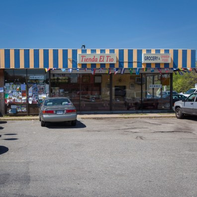 Latin Market No. 2, Jefferson Davis Highway, Virginia, 2011
