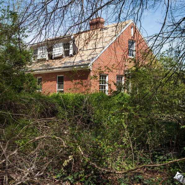 Abandoned Home No. 3a, Jefferson Davis Highway, Virginia, 2011