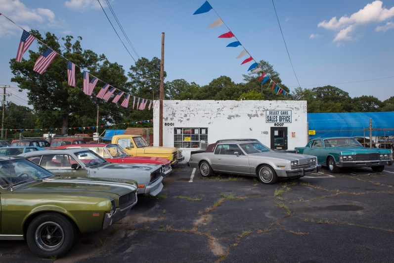 Select Car Sales No. 2, Jefferson Davis Highway, Virginia, 2011