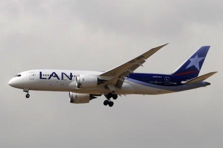 Boeing 787 CC-BBB
