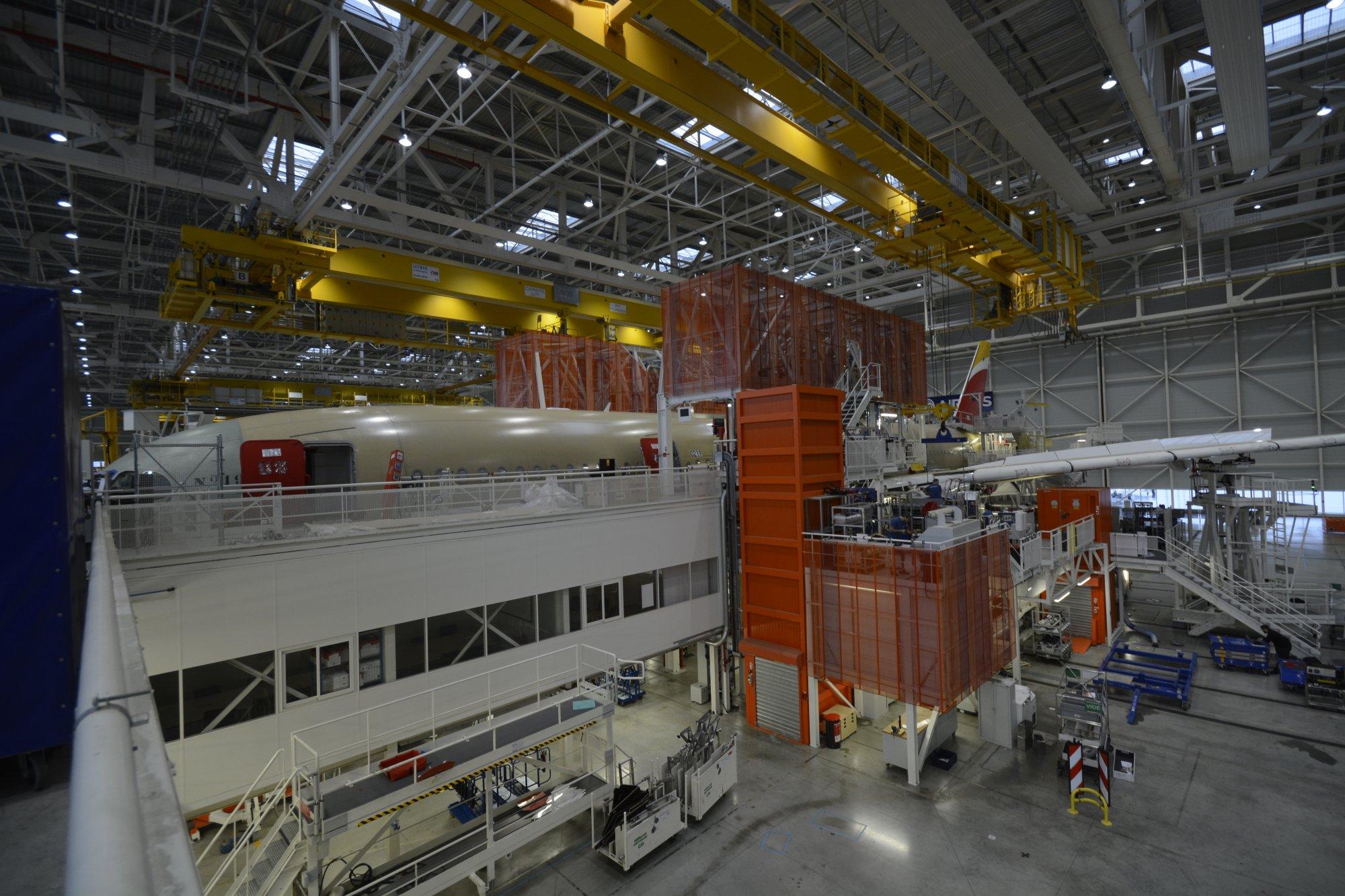Resultado de imagen para A350-900 Iberia assembly line