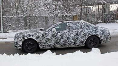Photo of Rolls-Royce's Ghost will transits into new generation next year, with spyshots revealing an evolutionary design