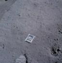 Una bolsita sellada al vacío con fotos de los hijos de un astronauta durante la misión Apollo 11, 1969.