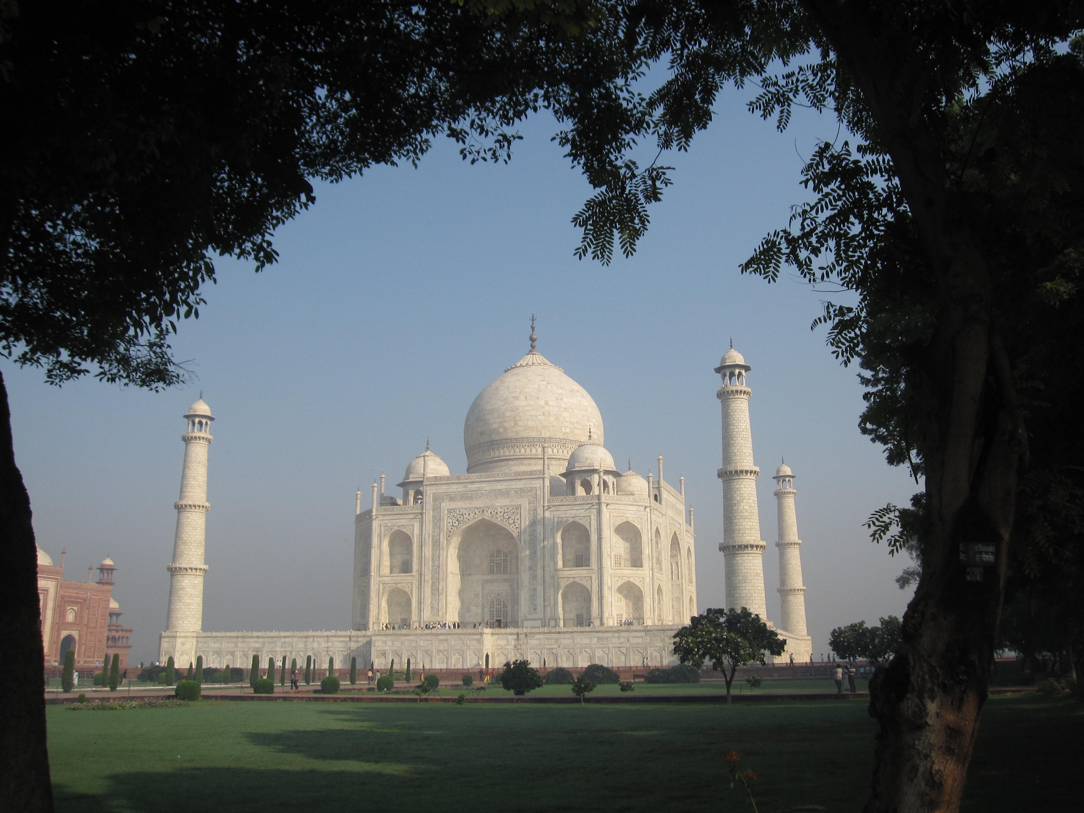 asia fly brother page  awe induced by early morning sunlight striking a structure as magnificently designed as the taj a confection of marble as intricately woven as lace
