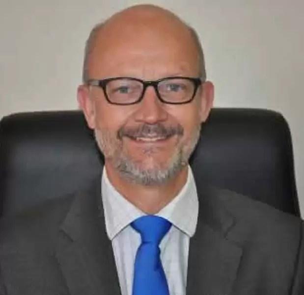 Jonathan Dutton - AMREF Flying Doctors
