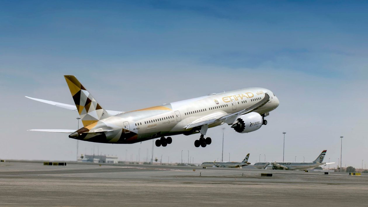 Etihad Boeing 787-9 (Photo by Etihad Airways)