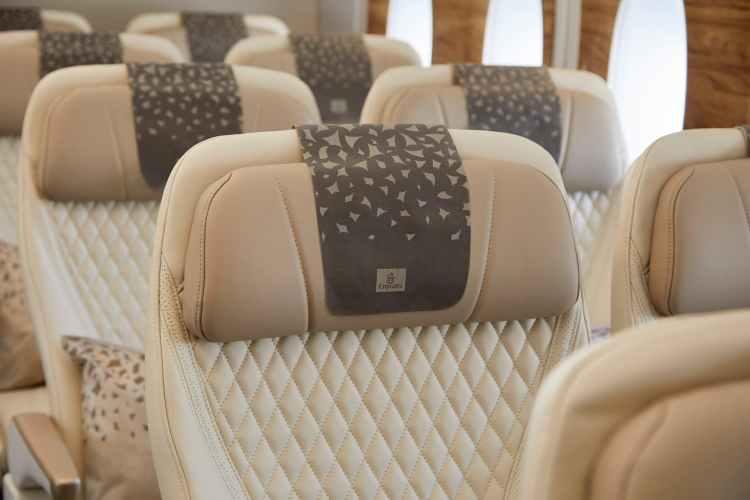 阿聯酋航空 特選經濟艙:頭枕