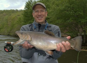 Smoky Mountain Trout Fishing Guides, Guides Fly Fishing in the Smoky Mountains, Fly Fishing the Smokies. Gatlinburg Trout Fishing, Pigeon Forge Trout Fishing, Sevierville Tn Fly Fishing Guides