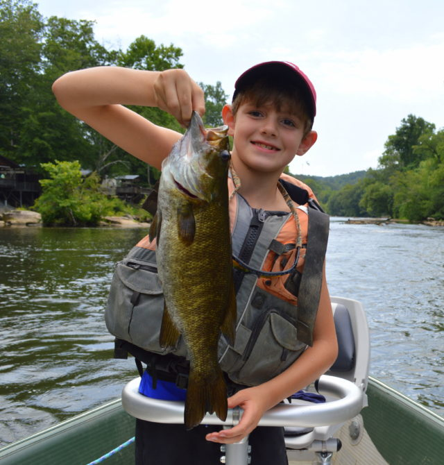 Little Tennessee River fly Fishing Guides, Fly Fishing the Smokies