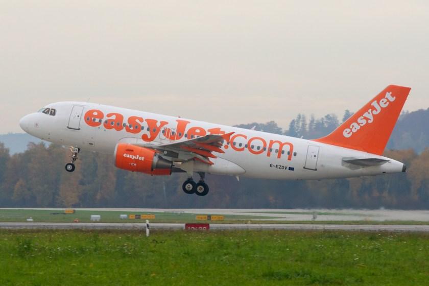 EasyJet_Airbus_A319-100_G-EZDV_Zurich_International_Airport