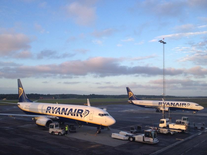 Rygge_Ryanair_2012-10-04T21-41-07