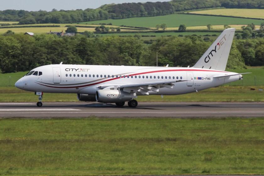 EI-FWA_Sukhoi_Superjet_100-95B_(27389801571)