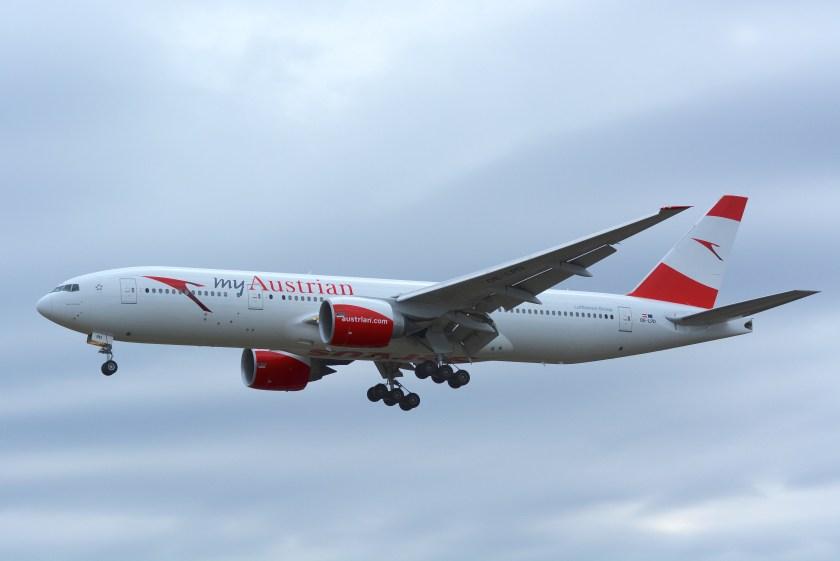 Austrian_Airlines,_Boeing_777-200_OE-LPD_'myAustrian'_NRT_(25962009422)