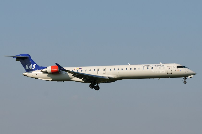 bombardier_crj-900_oy-kfb_sas_-_scandinavian_airlines_system_3448156251