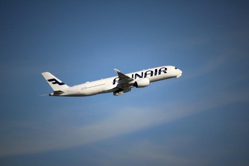 aircraft-1421918_960_720