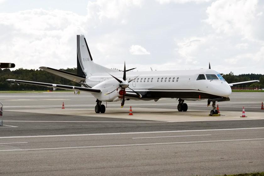 Swedish_Aircraft_Holdings,_SE-LRA,_Saab_2000_(21111956074)