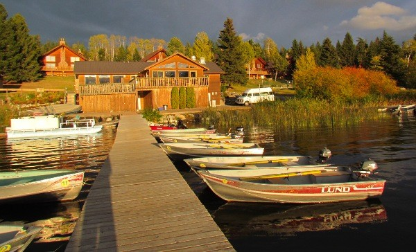 Roche Lake Resort BC Fishing Vacation ... everything you need for a made in BC fishing vacation!