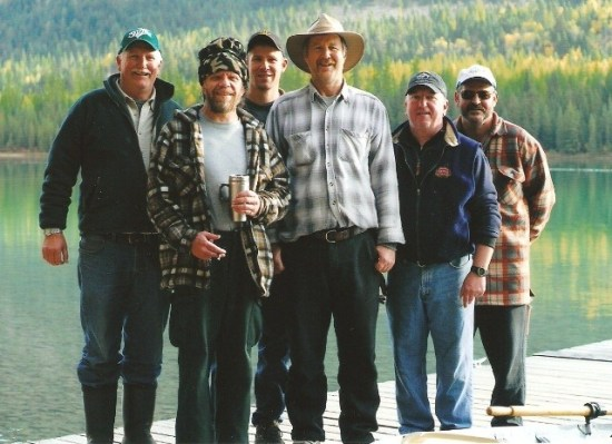 A Wonderful Whitetail Lake Fishing Vacation - the gangs all here!s