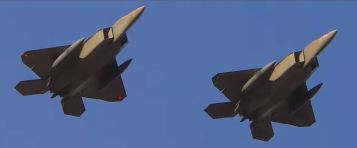 F-22s arriving at Avalon Airport