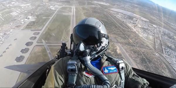 F-22 Raptor - Inside the Cockpit