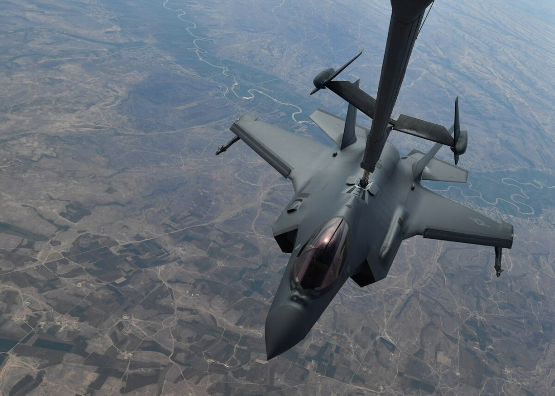 F-35 refuelling over Middle East